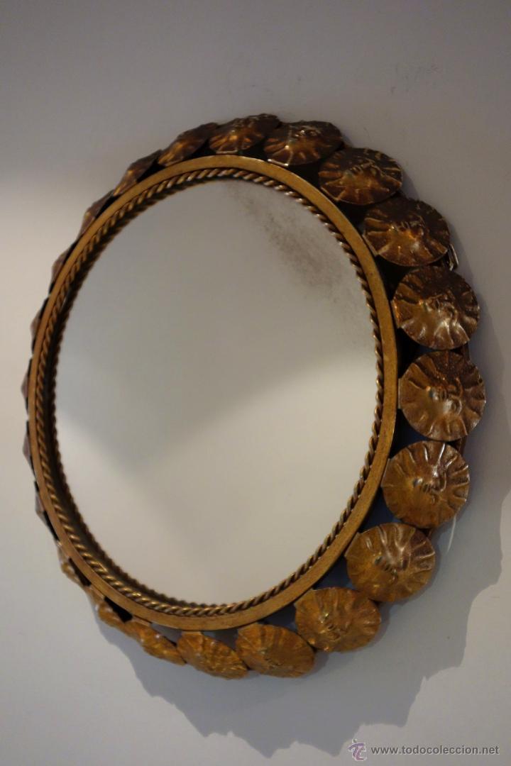 Vintage: Espejo vintage tipo sol mediados s.XX metal dorado marco compuesto por 22 soles - Foto 6 - 54285542