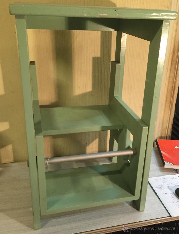 Escalera plegable en madera, usado segunda mano
