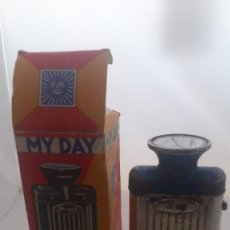 Vintage: ANTIGUA LINTERNA MY DAY, MADE IN CHECOSLOVAQUIA, CON CAJA DE CARTON. Lote 56107459