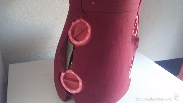 Vintage: Maniquí antiguo para sastre, con multitud de botones para ajustar a diferentes tallas - Foto 8 - 169358958