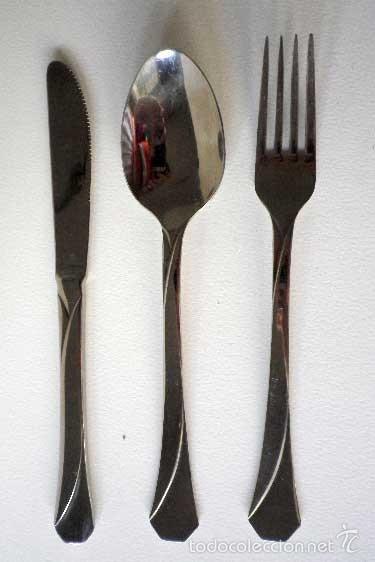 Tres cubiertos cuchara tenedor cuchillo mesa ma comprar for Tenedor y cuchillo en la mesa