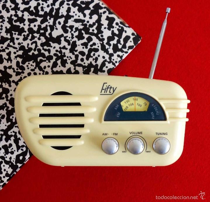 RADIO RETRO FIFTY. FUNCIONANDO. VINTAGE DECORACIÓN (Vintage - Decoración - Varios)