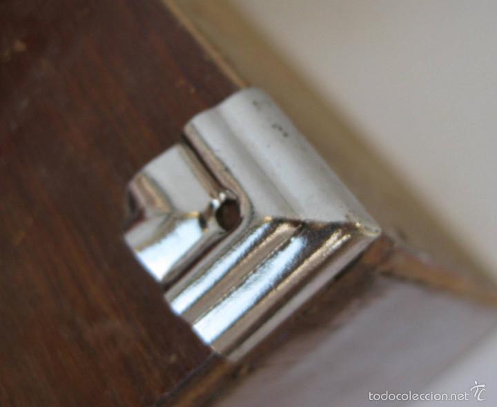 Esquinas metal antiguas de cajas madera ideal r comprar for Muebles para esquinas