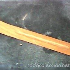 Vintage: INCENSARIO - SOPORTE BANDEJA PARA QUEMAR INCIENSO EN VARITAS - EN MADERA. Lote 66219635