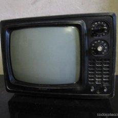 Vintage: TELEVISOR PORTATIL SHARP BLANCO Y NEGRO. TV.. Lote 57386313