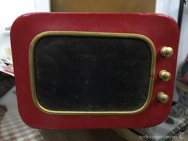 hucha vintage de cuero en forma de television c - Comprar en ...