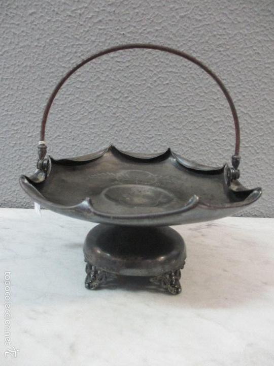 Vintage: Cesta antigua - Centro de Mesa - estaño cincelado - 22,5 cm de Diámetro - Principios S. XX - Foto 2 - 57865026