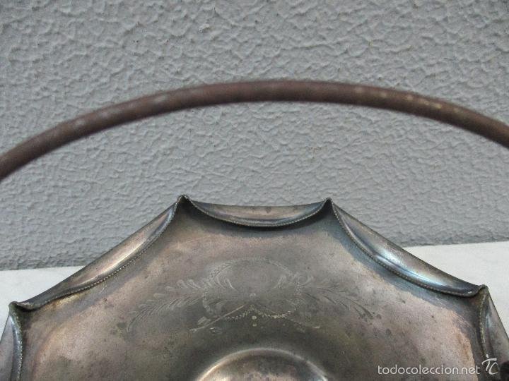 Vintage: Cesta antigua - Centro de Mesa - estaño cincelado - 22,5 cm de Diámetro - Principios S. XX - Foto 10 - 57865026