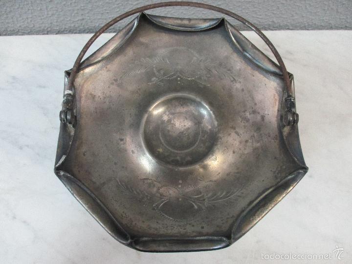 Vintage: Cesta antigua - Centro de Mesa - estaño cincelado - 22,5 cm de Diámetro - Principios S. XX - Foto 11 - 57865026