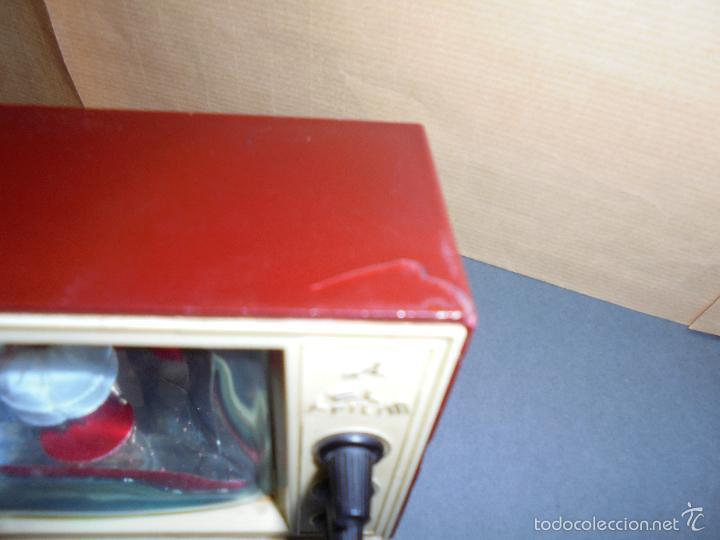 Vintage: ANTIGUA CAJA DE MUSICA AÑOS 60 . TELEVISOR CON BAILARINA . PLASTICO , MARCA TELE PILI - FUNCIONA - Foto 2 - 58115437