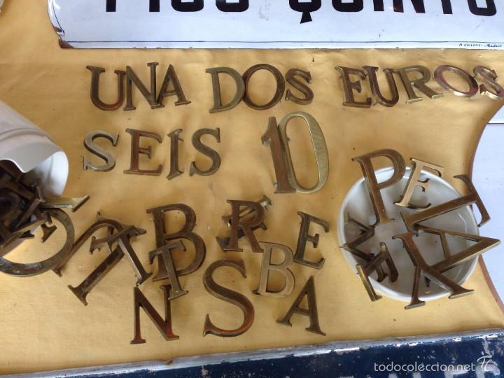 Vintage: Letras bronce macizas decoración vintage 38 piezas - Foto 2 - 58332615