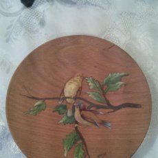 Vintage - PLATITO EN MADERA FIRMADO KANZY. MITAD S. XX. - 58983840