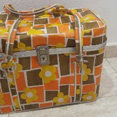 Vintage: BONITA NEVERA DECORADA CON FLORES. Lote 60872923