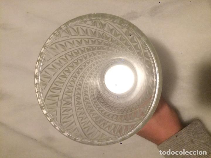 Vintage: Antiguo jarron / florero de cristal moldeado años 50 - Foto 6 - 62155140
