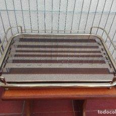 Vintage: BANDEJA ESPEJO Y METAL VINTAGE CON ASAS. Lote 62222684