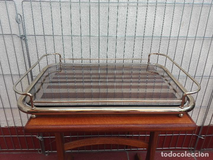 Vintage: BANDEJA ESPEJO Y METAL VINTAGE CON ASAS - Foto 2 - 62222684