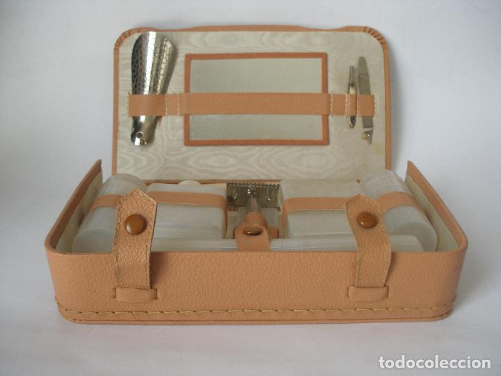 48f29d9b0 Neceser de viaje caballero con maquinilla de afeitar - completo - Años 50 -  60, Sin uso