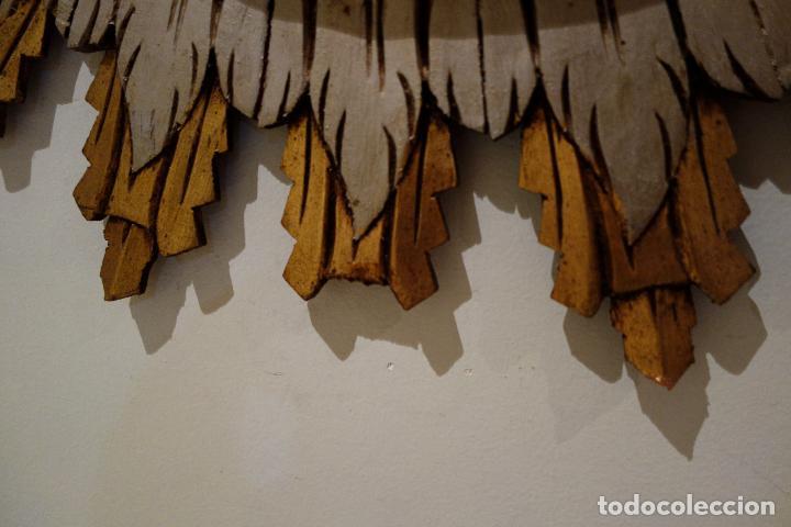 Vintage: Espejo vintage tipo sol madera policromada años 60 antiguo dorado flores hojas grande - Foto 3 - 101292050