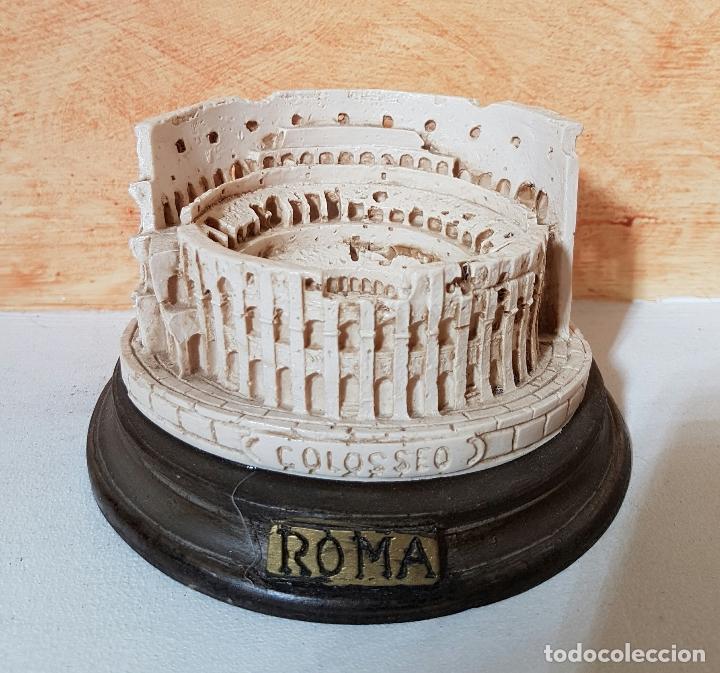 Escultura Antigua Del Coliseo Romano En Marmoli Kaufen Andere