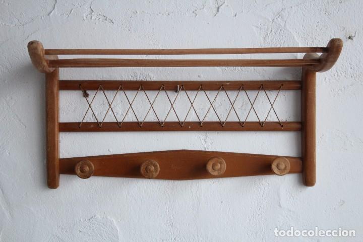 Perchero de pared de madera perchero pared tes el mundo - Percheros de pared vintage ...
