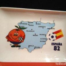 Vintage: BANDEJA CENICERO DE ESPAÑA 82 MUNDIAL DE FUTBOL NARANJITO AÑOS 80 14 X 9,5 CM DECORA MADE IN SPAIN. Lote 68557809