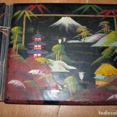 Vintage: ANTIGUO ALBUM MADERA LACADA JAPON CON PINTURA ANTIGUA Y FOTOS BODA ORIHUELA ALICANTE. Lote 52446358
