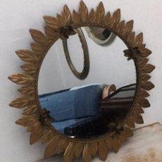Vintage: ESPEJO SOL DE METAL, DOBLES HOJAS, 4 CAPULLITOS, 53 CM.DIAMETRO. Lote 72106319