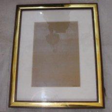 Vintage: MARCO DE METAL DORADO Y MADERA. CON PASPARTÚ.. Lote 73387907