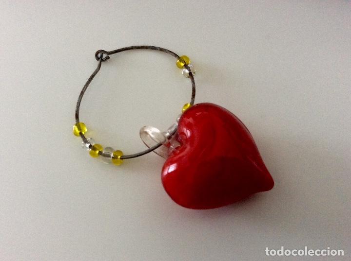 Vintage: Distingue copas de cristal de colores en forma de corazón. Blister años 80 como nuevo - Foto 3 - 78305785