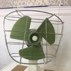 Vintage: ANTIGUO VENTILADOR PEQUEÑO MARCA **TAURUS** MADE IN SPAIN. Lote 78364249