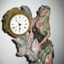 Vintage: FIGURA ARTESANIA CON RELOJ. Lote 80117205