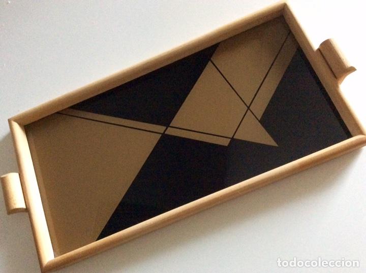 Vintage: Bandeja años 70 estilo arty en madera/cristal serigrafía diseñada por la marca de moda MARAGDA. - Foto 3 - 102659632