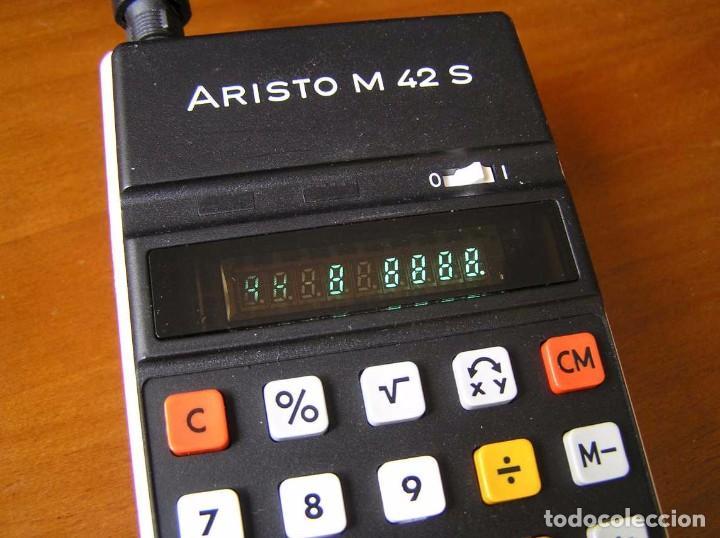 Vintage: CALCULADORA ARISTO M42 S AÑOS 70 - ARISTO ELECTRONIC CALCULATOR TASCHENRECHNER - - Foto 37 - 81900076