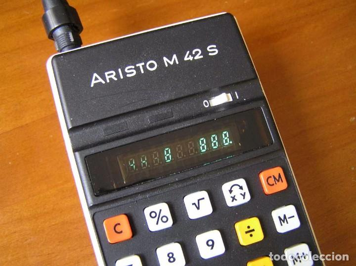Vintage: CALCULADORA ARISTO M42 S AÑOS 70 - ARISTO ELECTRONIC CALCULATOR TASCHENRECHNER - - Foto 40 - 81900076