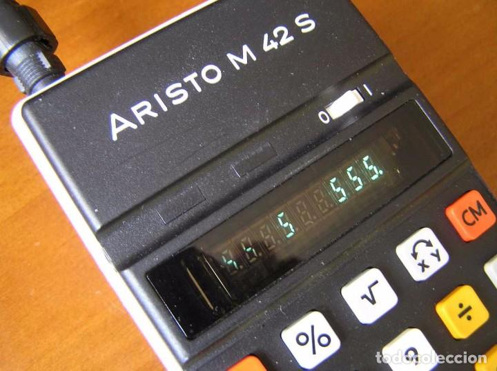 Vintage: CALCULADORA ARISTO M42 S AÑOS 70 - ARISTO ELECTRONIC CALCULATOR TASCHENRECHNER - - Foto 43 - 81900076