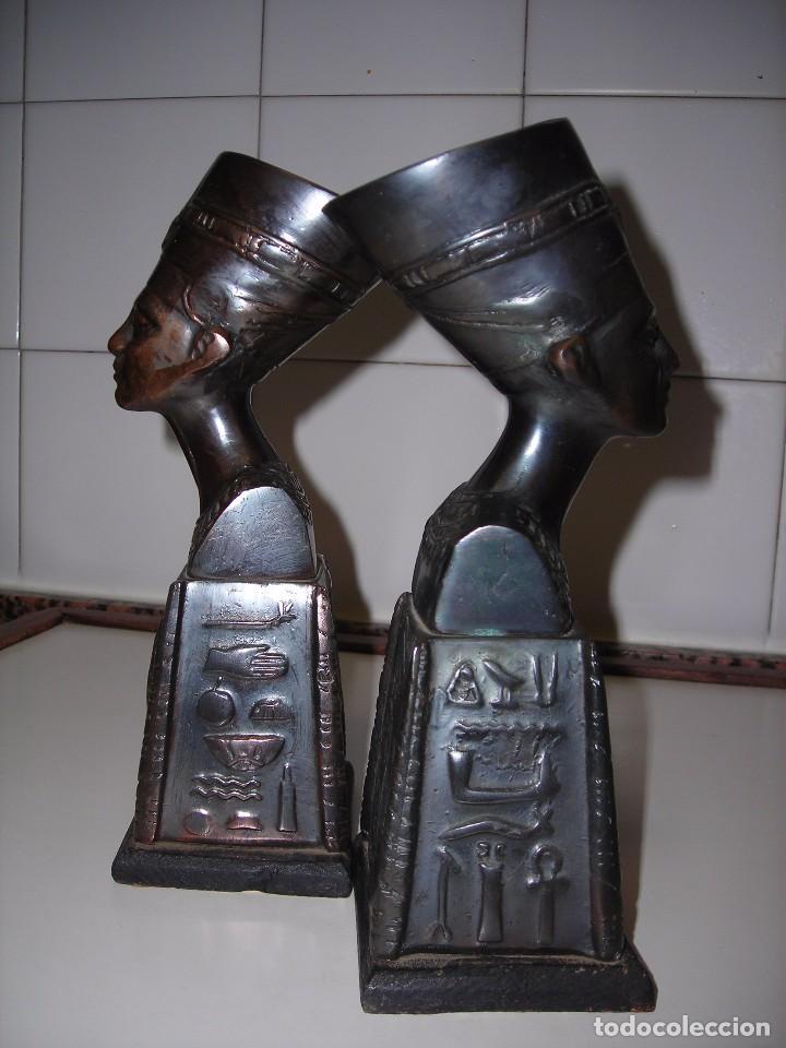 Vintage: DOS BUSTOS DE LA REINA NEFFERTITI EN BRONCE TRAIDOS DE EGIPTO.(Se pueden usar como sujetalibros) - Foto 2 - 82939339
