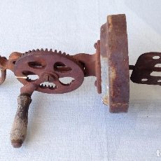 Vintage: BATIDORA ANTIGUA. Lote 89987860
