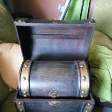 Vintage: PAREJA DE COFRES, BAULES, ANTIGUOS, COFRE, BAUL. Lote 91441288