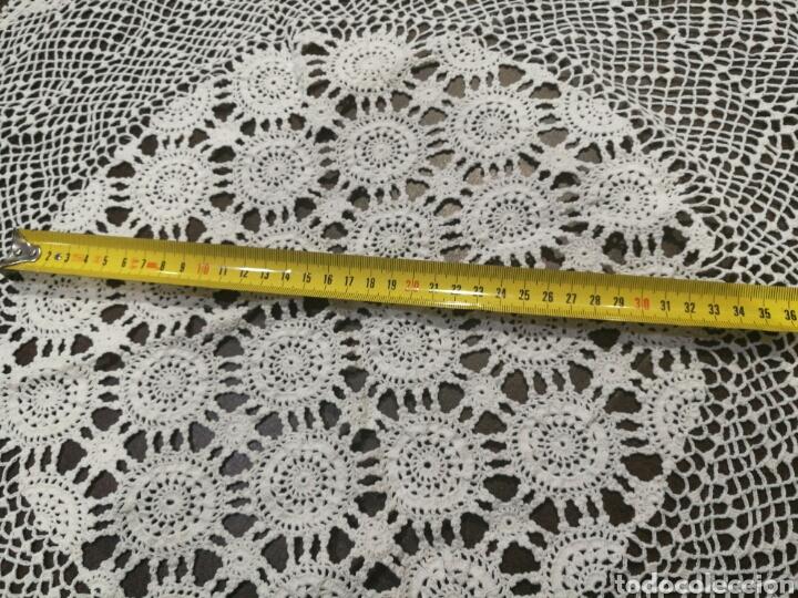 Vintage: Tapete/ centro de mesa blanco de crochet - Foto 2 - 95388778
