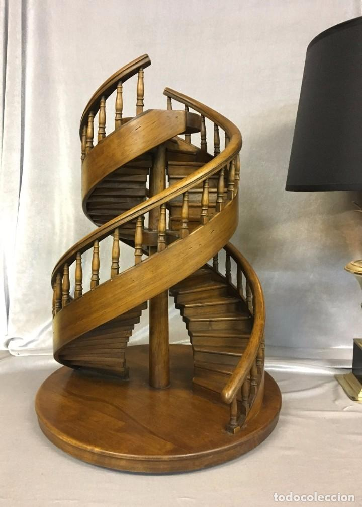 escalera de caracol doble en madera de nogal - - Comprar en ...