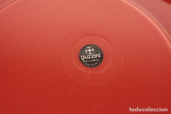 Vintage: bandeja plato Guzzini Luigi Massoni rojo plástico space age retro Italia 70s - Foto 4 - 100076099