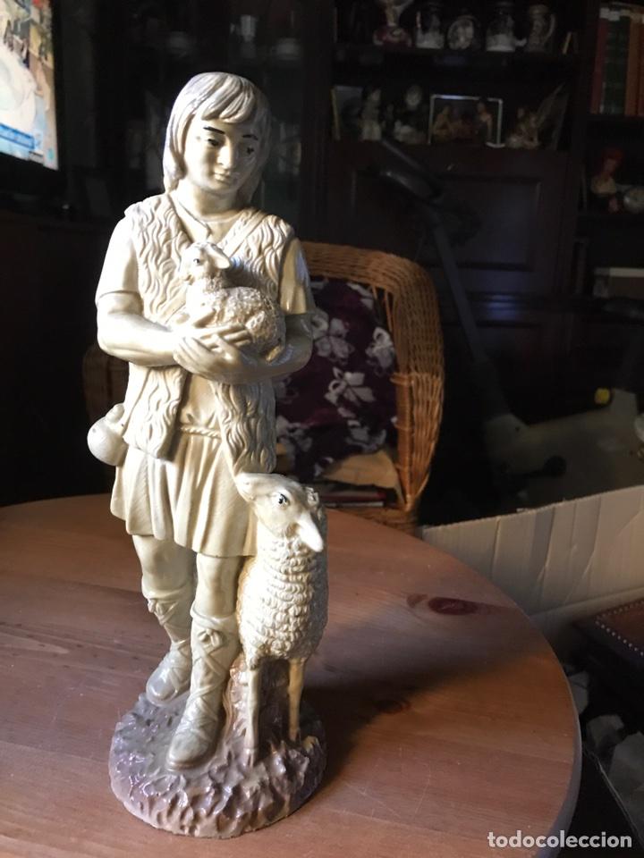 Vintage: Figura de un pastor de resina - Foto 6 - 100354908