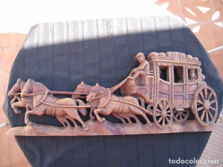 Vintage: CARRUAJE DECORATIVO TALLADO EN MADERA, DE PARED. - Foto 2 - 101302579