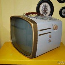 Vintage: INCREÍBLE TELEVISOR RCA VICTOR DELUXE - ESTADOS UNIDOS - EXTERIOR DE CHAPA - TELEVISIÓN - AÑOS 50. Lote 102584319