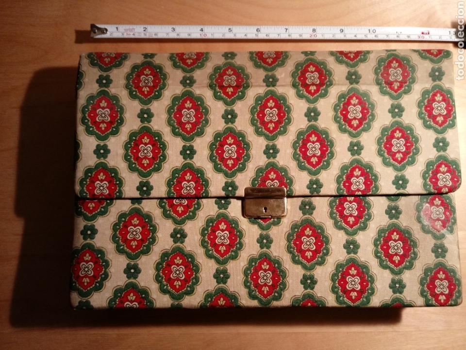 Vintage: Carpeta o cartera clasificadora de contabilidad y facturas. Años 60 - Foto 4 - 104394095