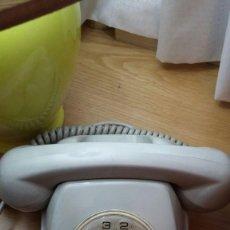 Vintage: TELÉFONO MODELO HERALDO AÑOS 60. Lote 107213223