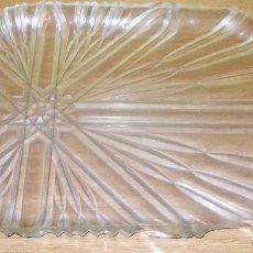 Vintage: BANDEJA DE PLASTICO TRANSPARENTE VINTAGE DE LA MARCA DURLON.. Lote 107466435