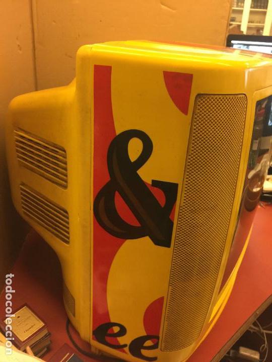 Vintage: Curioso Televisor Vintage, publicidad Whisky J&B. Preciosos colores.Todo original. Funciona.Leer mas - Foto 5 - 110303359