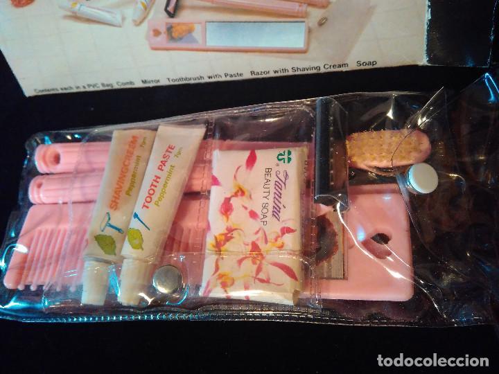 Vintage: Antiguo Set o kit vintage de aseo de viaje. Travel kit. Completo sin usar. - Foto 2 - 111089651