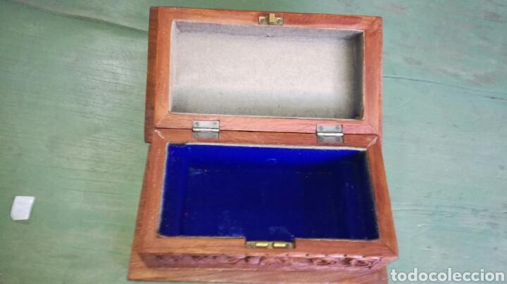 Vintage: Caja joyero de madera tallada JM/ - Foto 2 - 111848632